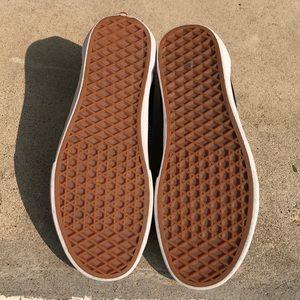 Vans Shoes - Vans Classic Old Skool